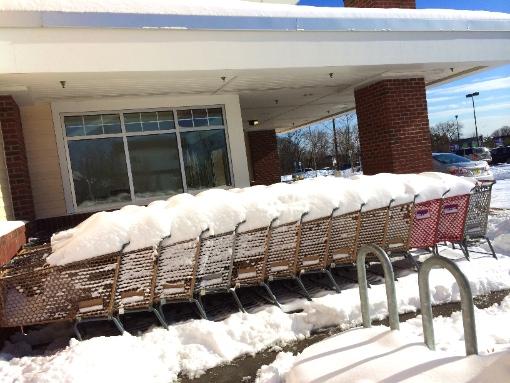 tsbu snow shopping trolley supermarket ny usa america