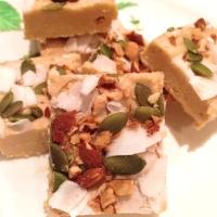 Paleo Coconut Vanilla Fudge