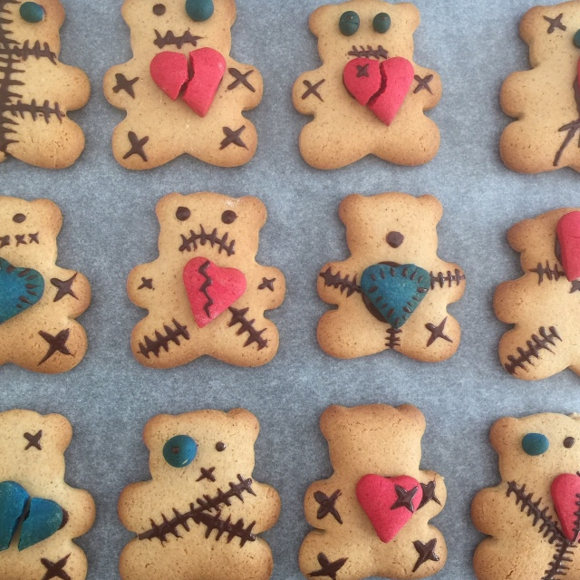 gingerbread Halloween teddies